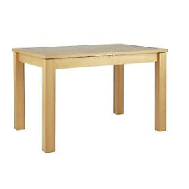 Swanbourne Extendable Dining Table - Oak Effect