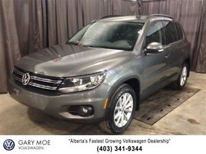 2016 Volkswagen Tiguan SE with Navigation!