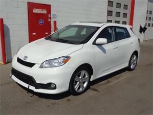 2012 Toyota Matrix S ~ Bluetooth ~ Sunroof~ 101,000km ~ $9999