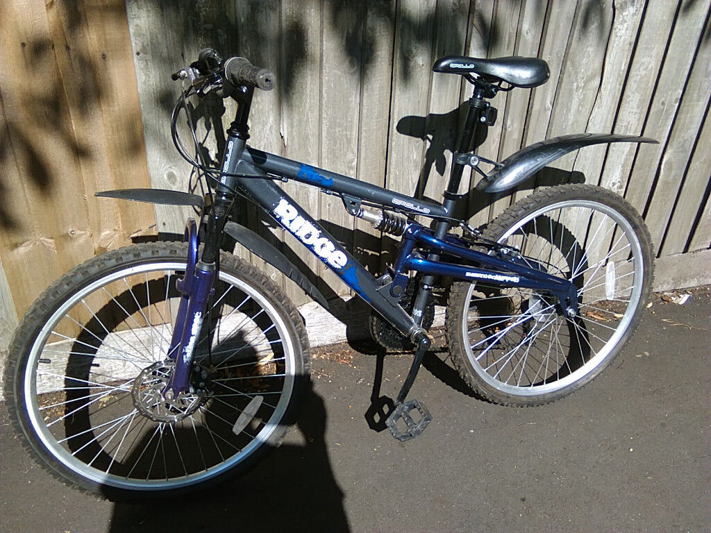 18 speed adult mountain bike bicycle clean near new condition