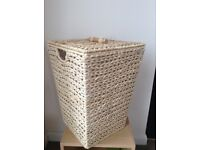 Seagrass & Linen Lined Laundry Basket