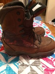 Size 7 camo hiking boots