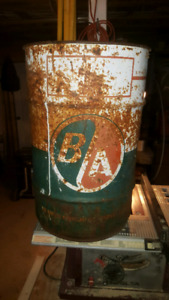 Antique oil can large