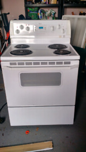 Oven and 4 burner stove