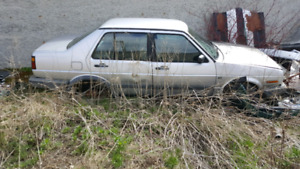 Parting Out 1992 Volkswagen Jetta