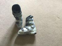 Ladies ski boots 25.5