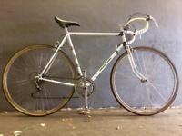 Vintage Peugeot road bike 700c racer