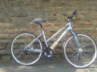 New Claud Butler Explorer 100 Womens Ladies- Hybrid Sports Commuter Light Weight Bike - RRP £279