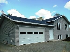NEWLY BUILT IN MARKSTAY WITH ACREAGE