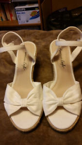 American Eagle sandals - size 8.5