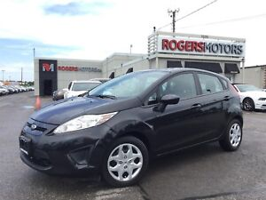 2013 Ford Fiesta SE - 5SPD - HATCH - POWER PKG