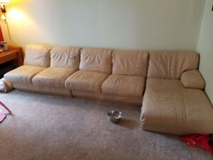 Huge Sectional Reduced!!