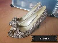 Ladies heels size 6