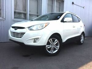 2012 Hyundai Tucson GLS, LEATHER & HEATED SEATS, BLUETOOTH.