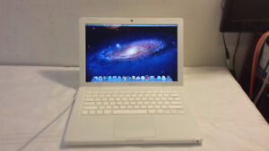 Used Macbook with Core 2 Duo Processor, DVD, Webcam and Wireless