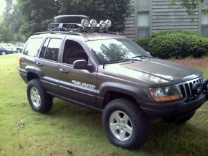 2000 Jeep Grand Cherokee PARTS FOR SALE- ENGINE+ TRANNY INCLUDED