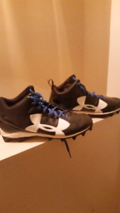 Brand new under armour football cleats size 11