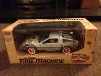Welly Back to the Future 3 Delorean 1:24 Scale Diecast Model Car