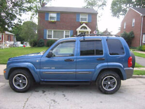 2004 Jeep Liberty Sport 4WD- E test Certified