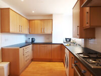 A large & bright 3 bedroom maisonette with private garden located in Dalston close to Shoreditch