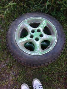 4 pneus d'hiver Hankook I-pike 185/65/15