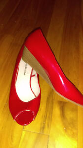 Patent red wedge heel
