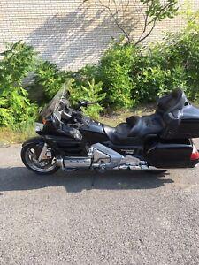 Honda Gl 1800 noir
