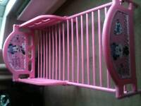 Minnie mouse junior bed