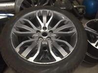 Land Rover Range Rover 21' alloy wheels