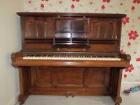 Gors Kallmann Piano