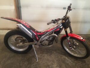 2006 Gas Gas 300txt trials bike, trade for 250 mx bike.