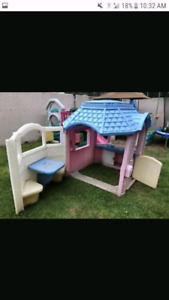 Little Tikes Victorian play house