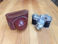 Vintage Bencini milano Comet S Film Camera with case, used