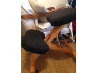Posture Deluxe Wooden Kneeler Chair