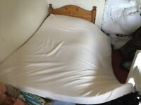 Mattress Topper (Memory Foam) King Size FREE TO COLLECT.