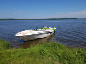 2000 SeaRay 180BR With trailer