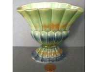 staffordshire fan vase