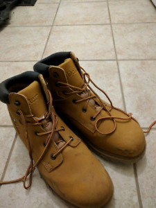 Size 13 steel toe boots