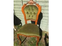 Set of 4 Beautiful Chairs