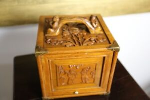 Late 19thC. Finely All Around Carved Mahjong Game in Sandalwood