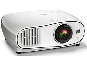 Epson PowerLite Home Cinema 3500 for Sale