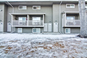 Wonderful 3 Bedroom Condo in Bowness