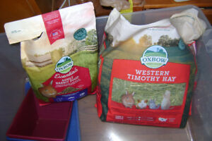 adult rabbit food and timothy hay