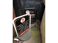 2 metal swing boards with heavy rubber weight.