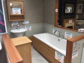 oak bathroom suite
