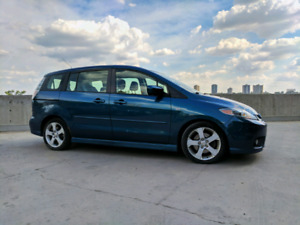 2006 Mazda 5. The amazing Car-a-Van! Great Condition