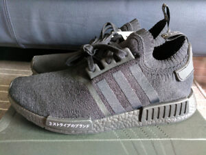 DS Adidas NMD R1 PK JAPAN TRIPLE BLACK BZ0220 (Size 10.5)