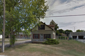 House Available August 1 - Lower Level