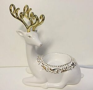 Holiday Reindeer Scentsy warmer with all packaging