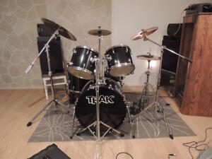 Drum trak 5 pièces cymbales inclus recherche guitare électrique